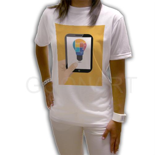 T-shirt con grafica